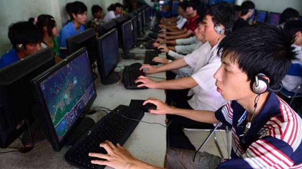 Trò chơi trên mạng có tới hơn 70% là trò chơi đánh nhau thu hút đông bạn trẻ tham gia