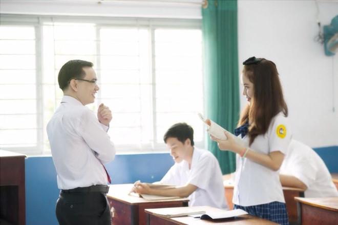 Truyện tình yêu sinh viên nghèo vẫn có cái kết viên mãn?